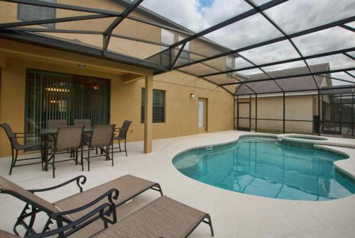 Cypress Pointe Six Bedroom House with Private Pool 6000 Photo