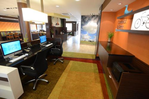 Fairfield Inn & Suites by Marriott Bowling Green Photo