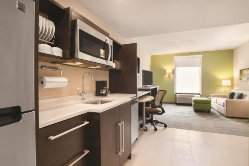 Home2 Suites by Hilton Knoxville West Photo