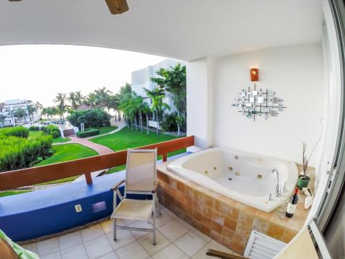 Suite At Residencias Reef Photo