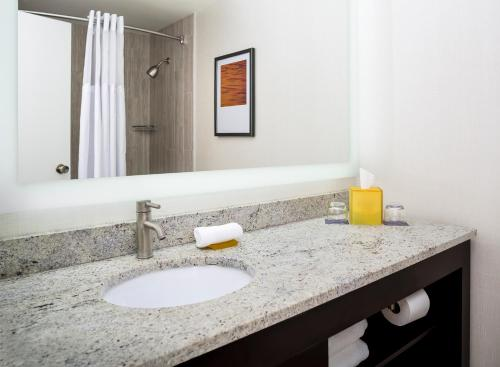 Hyatt Regency Suites Atlanta Northwest Photo