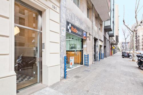 Aspasios Gran Via Suites photo 9