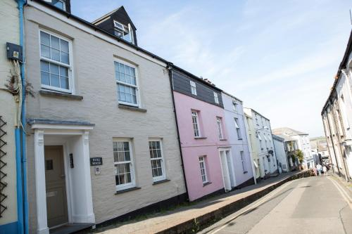 Padstow Breaks - Cottages & Apartments