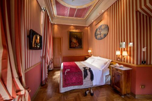 The Inn at the Spanish Steps-Small Luxury Hotels photo 27