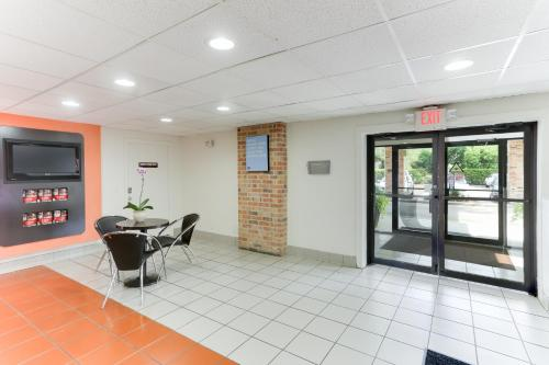 Motel 6 Houston West - Energy Corridor Photo