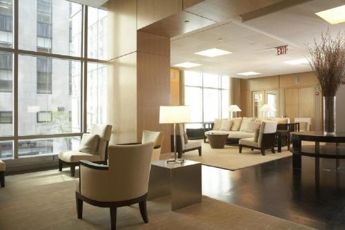 Global Luxury Suites at West 48th Street Photo