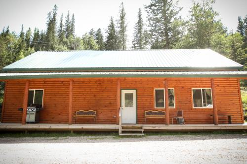 Cole Cabins Photo