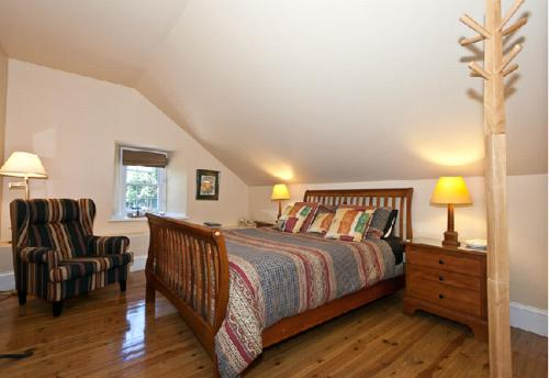Clyde Hall Bed and Breakfast Photo
