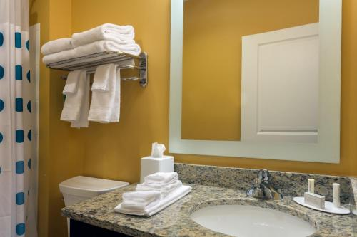 TownePlace Suites by Marriott Gainesville Northwest Photo