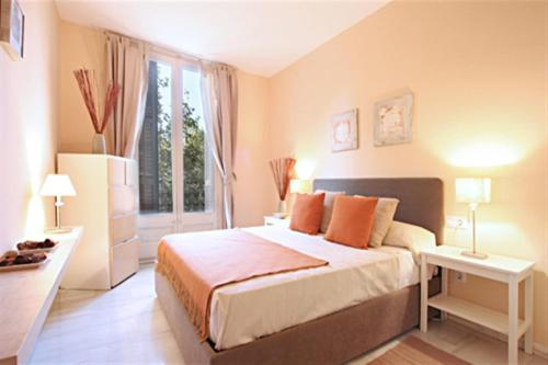 Friendly Rentals Rembrandt - barcelone -
