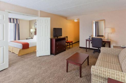 Holiday Inn Express Seaford-Route 13 Photo