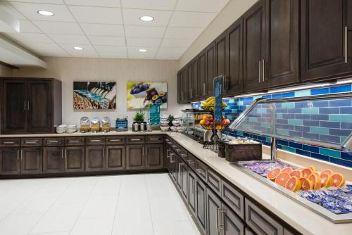 Homewood Suites by Hilton Orlando-Nearest to Universal Studios photo 4