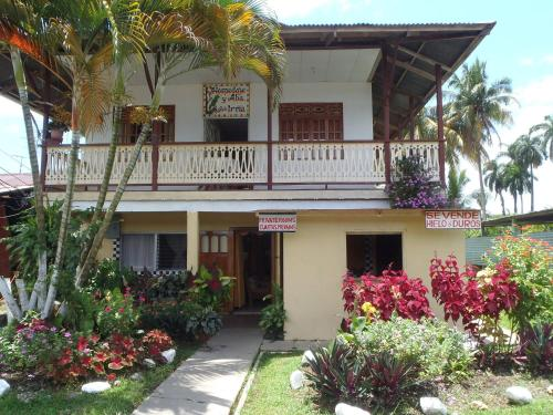 Hostal Doña Irma Bocas Photo