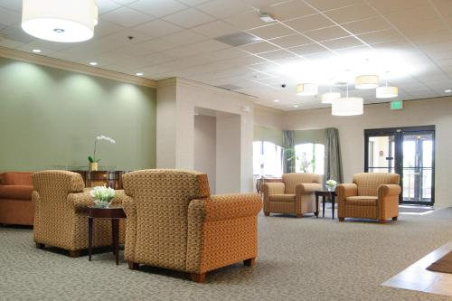Marten House Hotel & Lilly Conference Center Photo