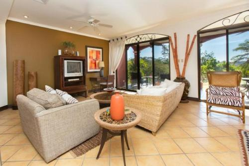 Bougainvillea Condo 8103 Photo