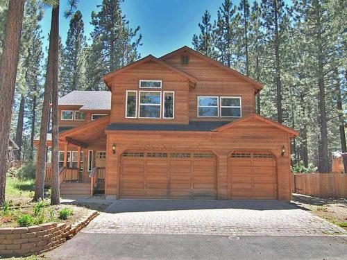 1314 Angora Lake Road Holiday Home