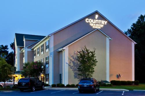 Country Inn & Suites Columbia Airport Photo