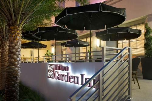 Hilton Garden Inn Miami Beach Faena District Photo