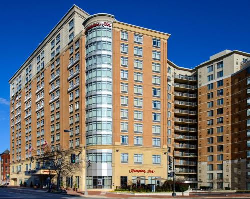 Hampton Inn Washington DC - Convention Center photo 6