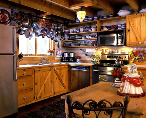Goldilocks Cabin Photo