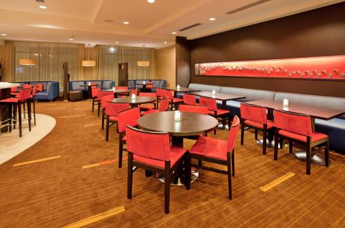 Courtyard by Marriott Pittsburgh North/Cranberry Woods Photo