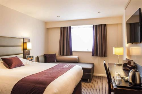 Premier Inn Birmingham Broad Street - Brindley Place photo 24