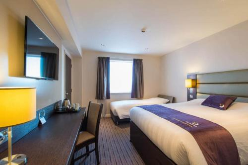 Premier Inn Birmingham Central - Hagley Road photo 18