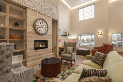 Country Inn & Suites by Carlson - Ames Photo