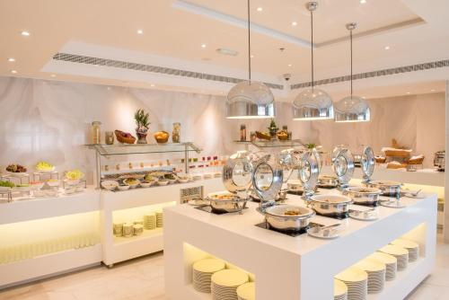 Hawthorn Suites by Wyndham Abu Dhabi City Center photo 23