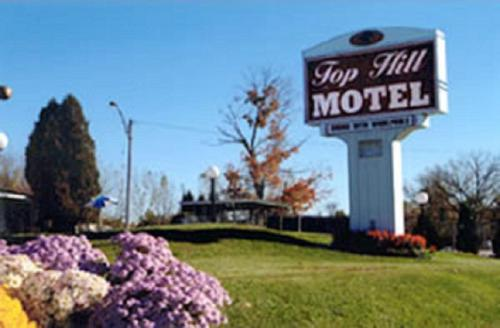 Top Hill Motel Photo