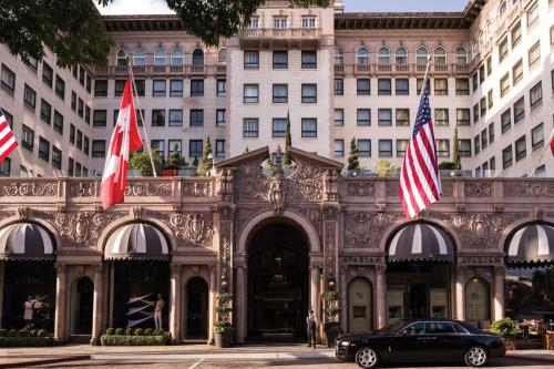 Beverly Wilshire, A Four Seasons Hotel Photo