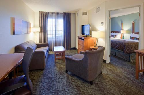 Staybridge Suites Eagan - Mall of America Area Photo