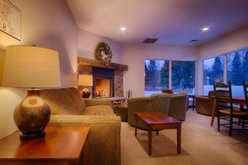 Sun & Ski Inn and Suites Photo