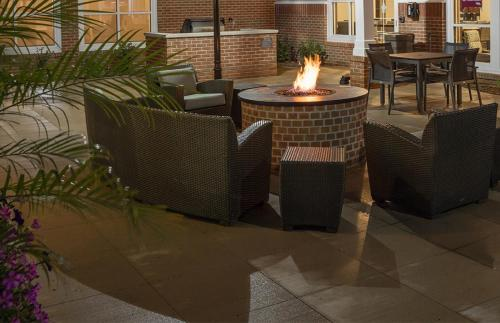 Residence Inn Kansas City at the Legends - Kansas City, KS 66111