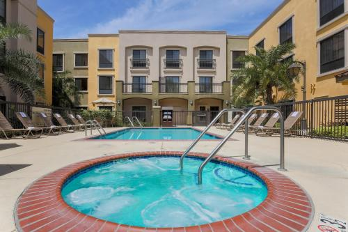 Hampton Inn Santa Barbara/Goleta Photo