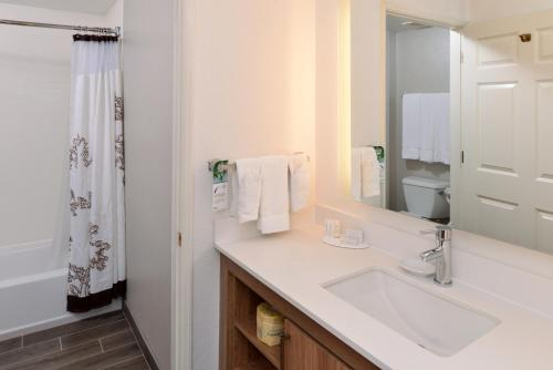 Residence Inn By Marriott Palo Alto - Los Altos, CA 94022