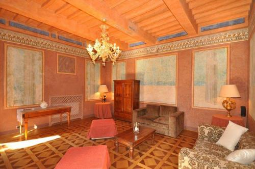 Гостевой дом «Holiday home in Gubbio with Seasonal Pool III», Mocaiana