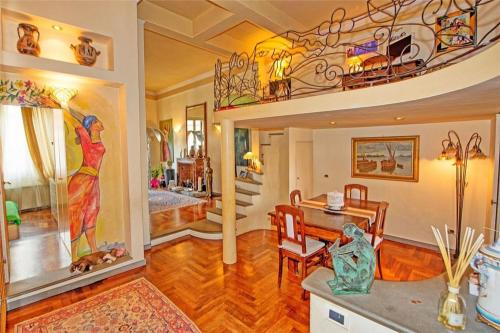 Two-Bedroom Holiday home with Balcony in Florence - Florence - hebergement