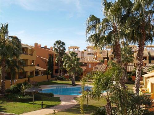 Two-Bedroom Holiday home in Calle Lloret - фото 0