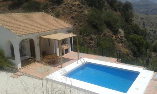 Гостевой дом «Holiday home in Nuevo Valle de Aran with Mountain View», Almogía