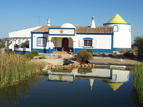 holidays algarve vacations Olhão Lake Farm