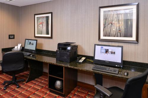 Hampton Inn Chicago-Carol Stream Photo