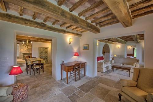 Гостевой дом «Holiday home in Monterchi with Seasonal Pool», Casanova