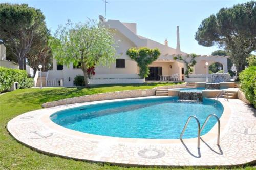 holidays algarve vacations Vilamoura Holiday home Villa Cogumelos