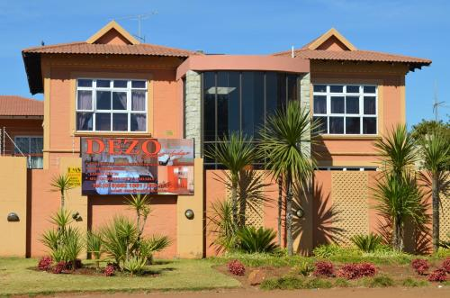 Dezo Guest Lodge Photo