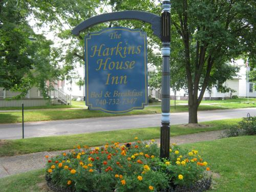The Harkins House Inn Photo