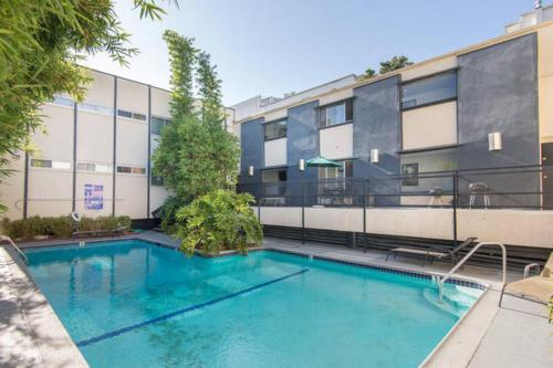 Great Studio Apartment on Hollywood Photo