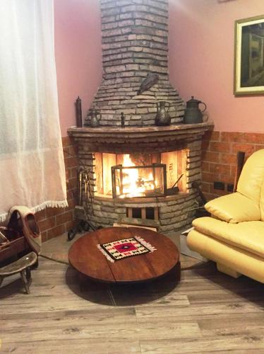Lowen Inn Bed & Breakfast, Тирана