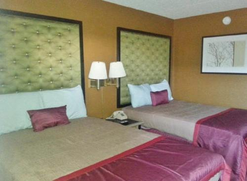 Americas Best Value Inn & Suites Grand Island Photo