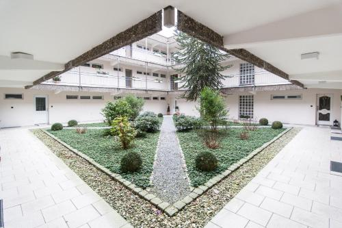 Messeapartment Kaarst, Карст